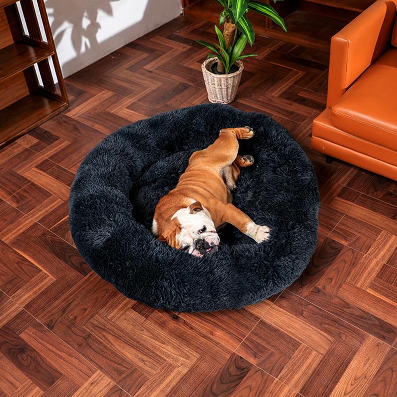 толстая круглая кровать для собаки