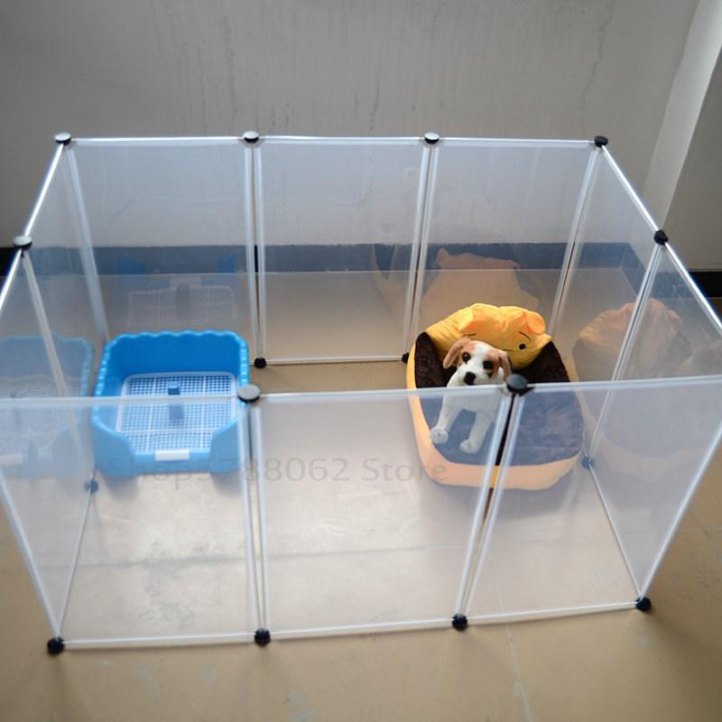 Многофункциональный и уютный домик с пластиковым забором